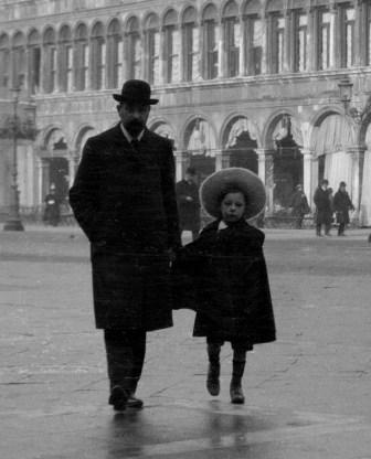 1906. Henri et Louis, Venise